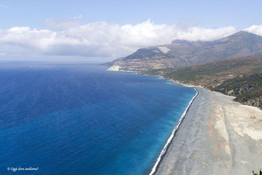 La spiaggia nera di Nonza