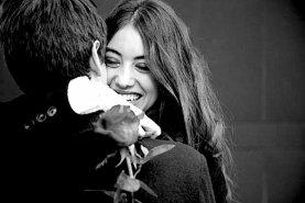 L'amore a prima vista non esiste. Si tratta solo di desiderio o di un falso