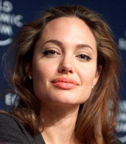 524px-Angelina_Jolie_at_Davos_crop