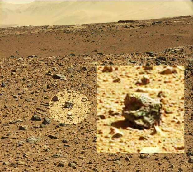 Mars__helmet_shaped_rock__168153