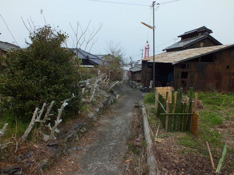12 - Rue de Karato sur Teshima