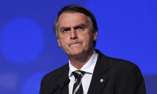 Bolsonaro volta a dizer que terá militares no governo e compara oficiais a  Neymar - Jornal O Globo