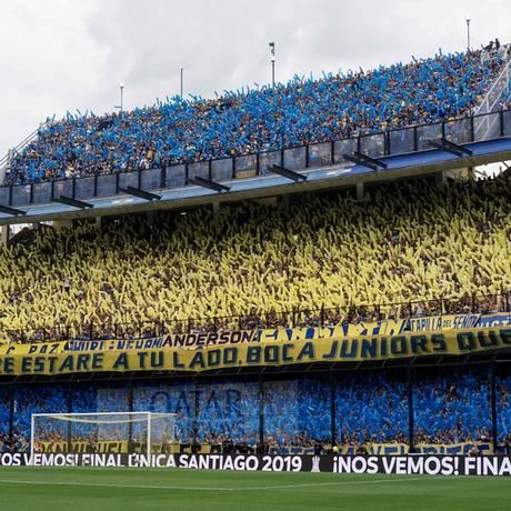 Torcedores do Boca Juniors durante primeira partida da final da Libertadores da América, contra o River Plate Foto: Eitan Abramovich / AFP