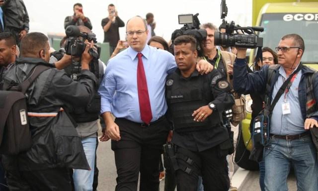 Atirador do Bope mata sequestrador de ônibus na Ponte Rio-Niterói após mais de 3h de cerco 6