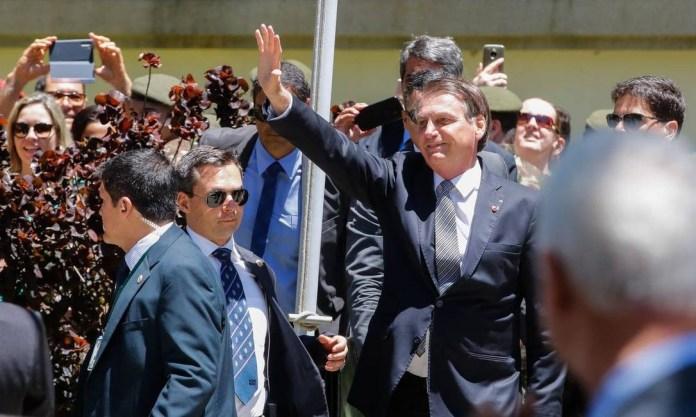 O presidente Jair Bolsonaro chega a Escola de Comando e Estado-Maior do Exército (ECEME), na Urca, nesta sexta-feira Foto: Tomaz Silva/Agência Brasil
