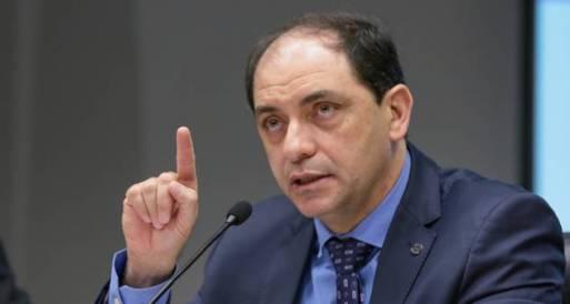 Estamos dando pausa, mas o esforço fiscal tem de voltar', afirma secretário  especial de Fazenda - Jornal O Globo