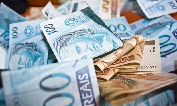 Redução de salário e suspensão de contratos de trabalho devem ser prorrogadas. Foto: Arquivo
