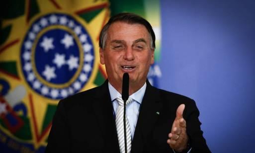 Após recorde de mortes, Bolsonaro diz que população 'não pode viver em  pânico' por Covid-19 - Jornal O Globo