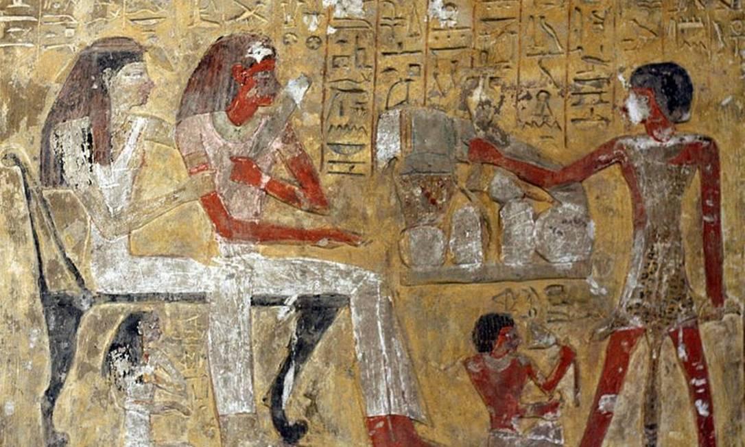 Representações bidimensionais também apresentam o mesmo tipo de danos, como nesta, da 19ª Dinastia, por volta de 1200 a.C., em homenagem ao deus Ptah Foto: Getty Images