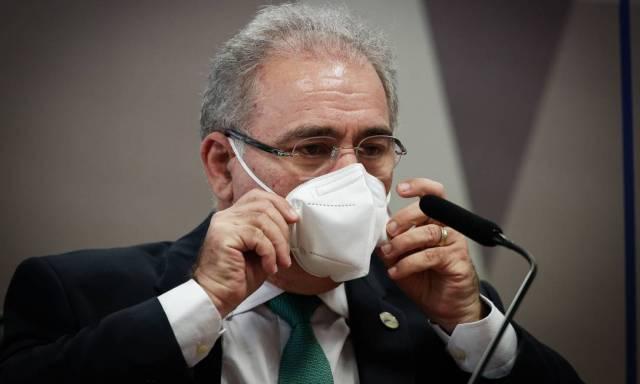 """Ministro da Saúde, Marcelo Queiroga, se esquivou de perguntas e não disse se concorda com Bolsonaro sobre uso de cloroquina: """"Eu estou aqui na condição de testemunha, o senhor quer que eu emita juízo de valor"""", respondeu ao relator da CPI Foto: Pablo Jacob / Agência O Globo - 06/05/2021"""
