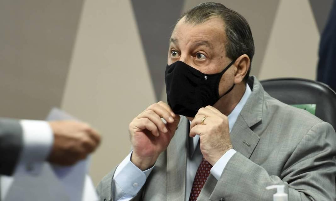 Omar Aziz (PSD-AM) ironizou a resposta do ministro da Saúde: