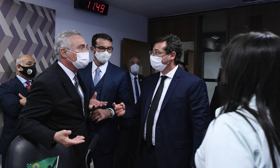 Depois da aparição de Flavio Bolsonaro, em defesa de Wajngarten, sessão da CPI da Covid foi interrompida Foto: Edilson Rodrigues / Agência O Globo - 12/05/2021