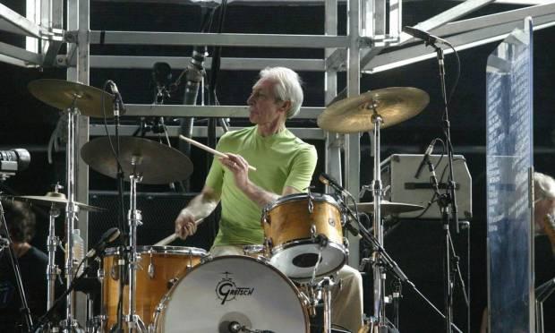 Drummer Charlie Watts during a Rolling Stones show on Copacabana Beach, in 2006 Photo: Ricardo Mello / Agência O Globo - 18/02/2006