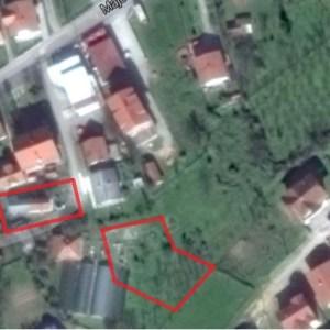 Građevinsko zemljište i kuća sa placem