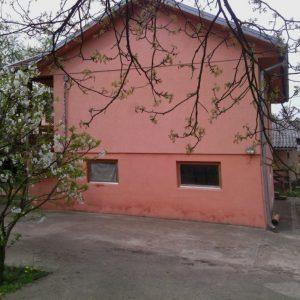 Prodajem kucu u Banjaluci-HITNO