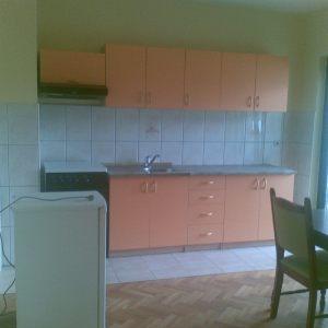 Izdajem stan u centru Banja Luke