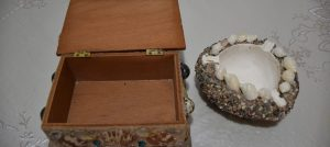 Dekorativna kutija za nakit i pepeljara – školjke i pijesak