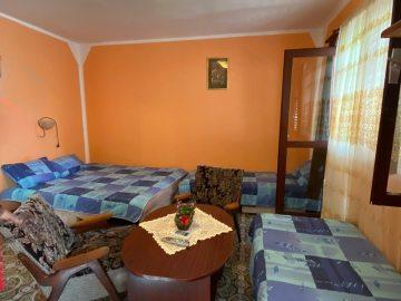Izdajem apartmane i sobe u Herceg Novom
