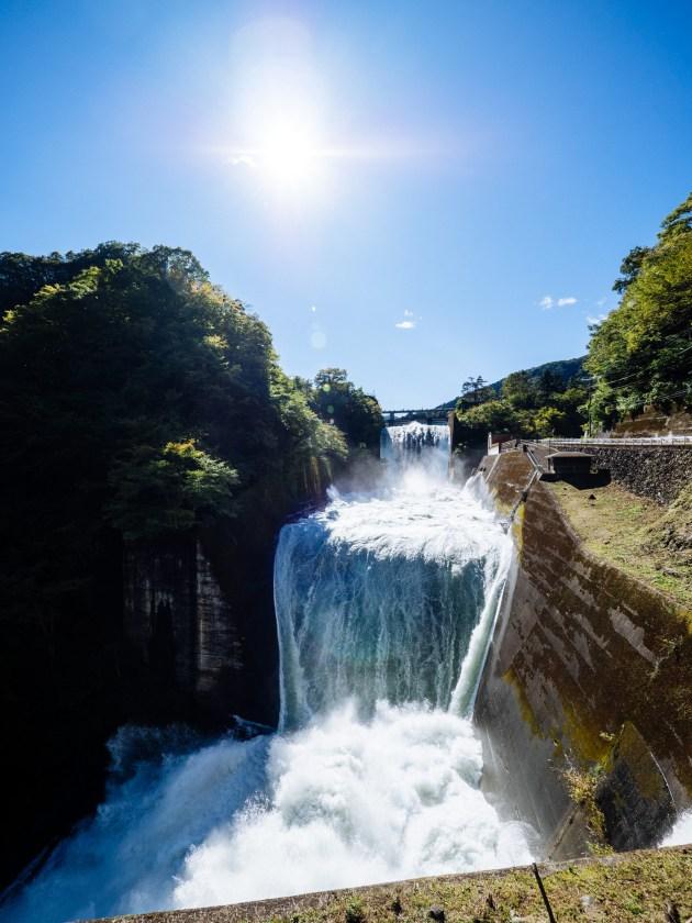 小河内ダム大放流
