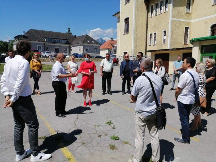 Ogulin.eu Anđelka Salopek: Nastavljamo s projektima. Uštede će nam omogućiti nova ulaganja i više sredstava za učenike i obrazovanje