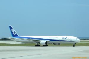 ANA B777-300(那覇→羽田)