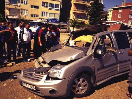 Trabzonspor Taraftarları Kaza Yaptı