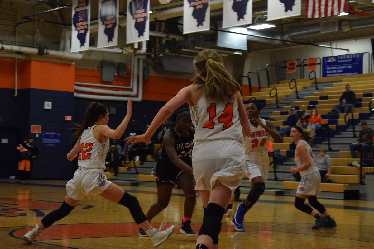 Cut the net: Oswego girls basketball grabs first regional championship since 2015
