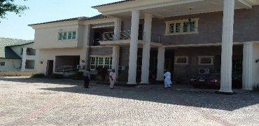 Exquisitely Finished 8 Bedroom Detached Duplex with 2 Bedroom Guest Chalet and 2 Rooms Self-Contained