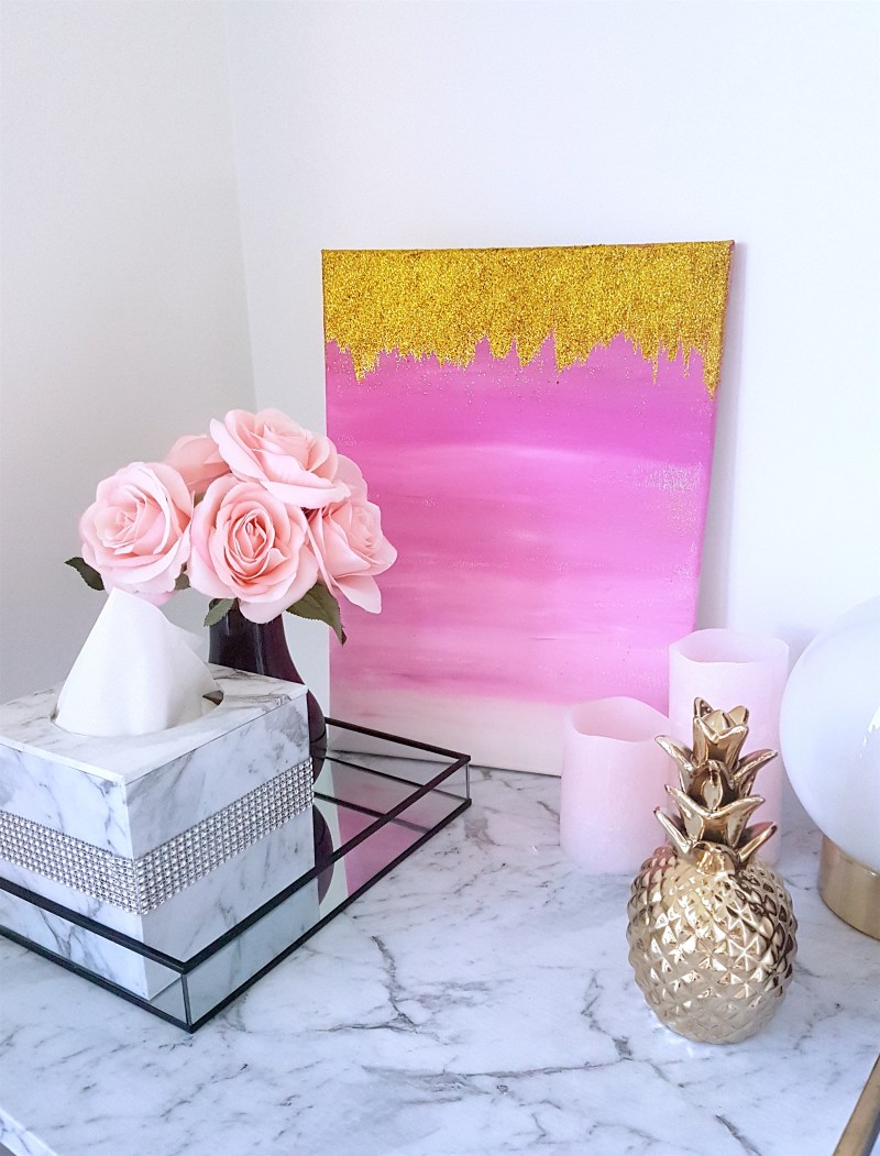 DIY Pink Ombre Canvas Wall Art. If you want to create your own DIY Ombre Wall Art, check out my super simple guide on how to create this decoration! DIY Wall Decor for Bedroom, DIY Wall Decor for Living room, DIY Wall Art Ideas, Ombre Wall Art DIY, Canvas Art, DIY Projects, DIY Canvas Art, DIY Canvas Wall Art, Pink Wall Art #diyproject #wallart #walldecor