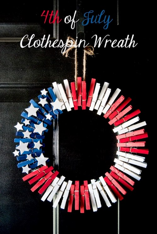 DIY 4th of July Clothespin Wreath. 10 Easy 4th of July Crafts to Make in 2018. Fourth of July is the perfect time to do some DIY projects to celebrate America! Make your house look patriotic with these simple red white and blue crafts. You can find 4th of July wreaths, centrepieces, firecrackers and all other 4th of July decor here. Most of these 4th of July crafts can be made by kids and toddlers. 4th of July crafts kids, 4th of July Crafts DIY, 4th of July crafts preschoolers #4thofJuly