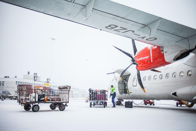 Det snöar på Arlanda