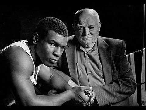 Mike Tyson e Cus d 'Amanto