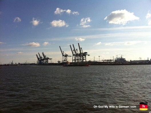 07-hamburg-shipping-cranes-and-docks