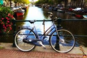 11-bicycle-in-amsterdam-romantic-beautiful