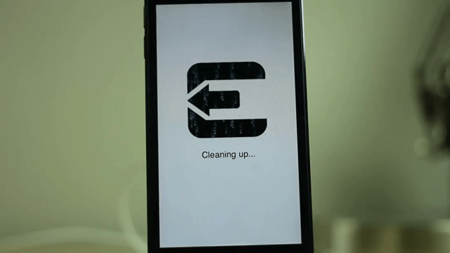 Device Reboot after Evasi0n Jailbreak
