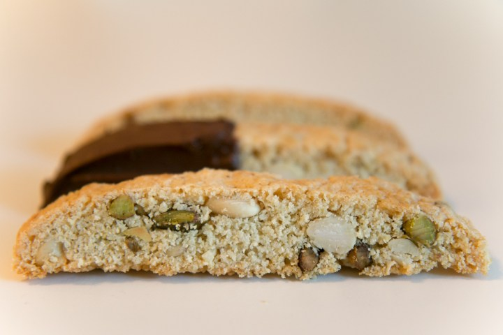 Italian biscotti with almonds, pistachio and anise
