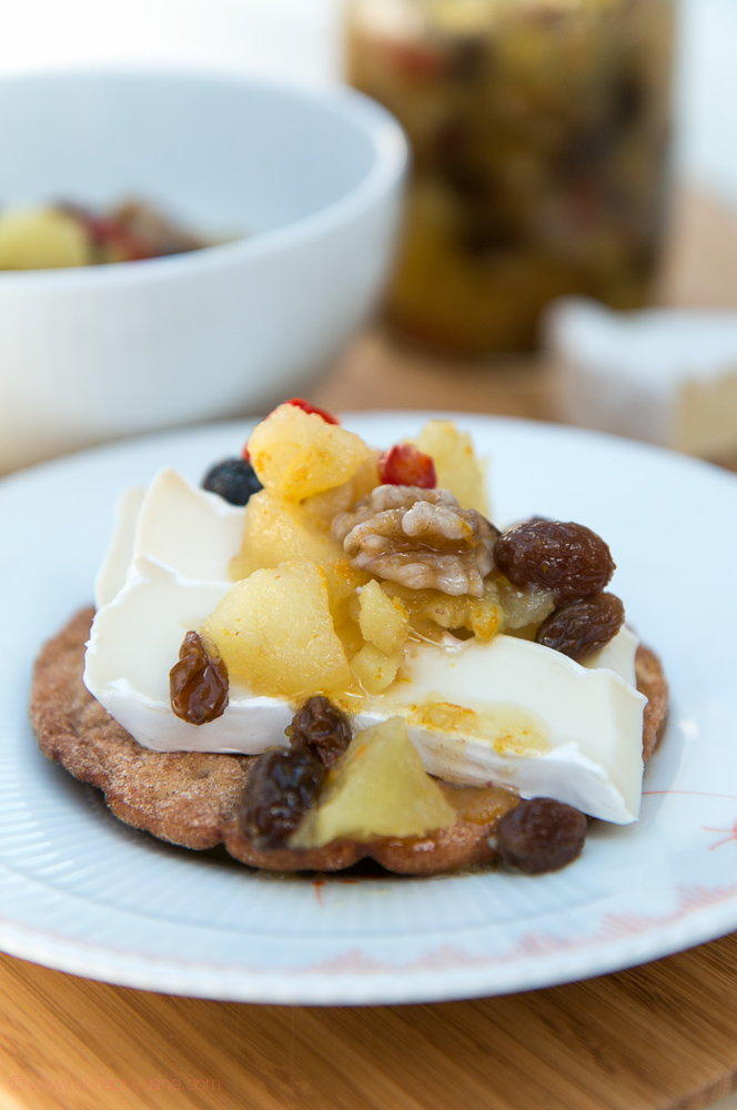 Apple Chutney with Ginger, Walnuts and Raisins