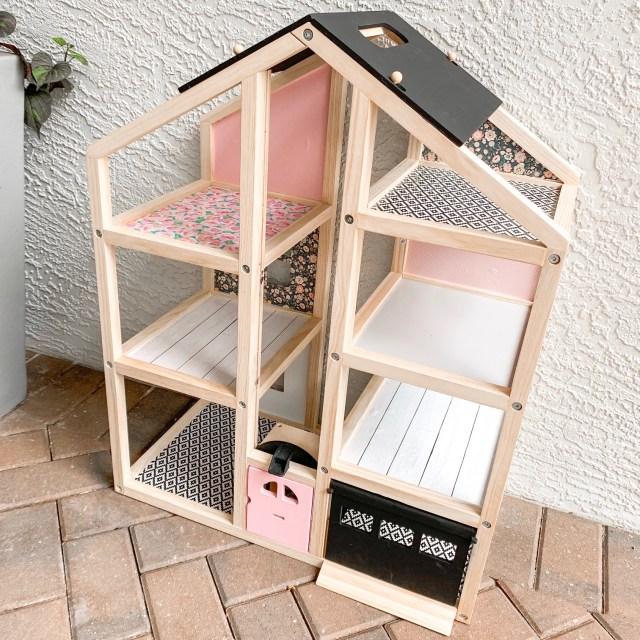 DIY easy dollhouse makeover, dollhouse hack, Ikea hack, modern dollhouse, dollhouse for toddlers