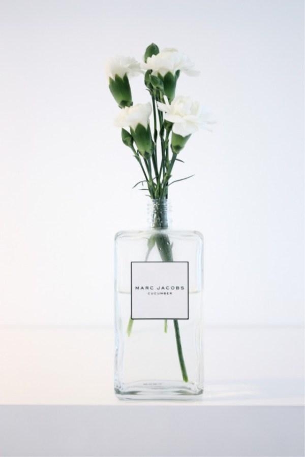 perfume vase