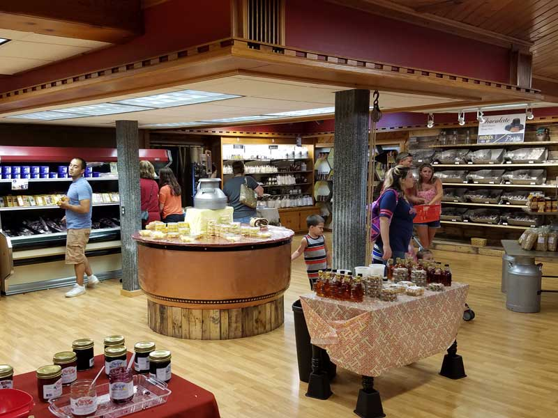 Heinis Cheese Chalet Ohio Amish Country Stores