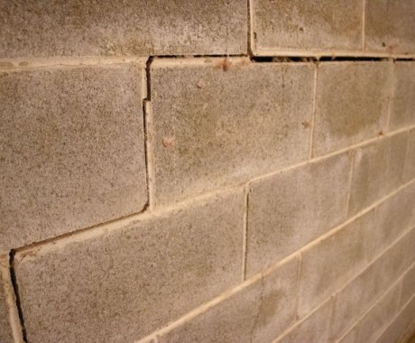 9 Major Reasons Your Home Has Foundation Cracks