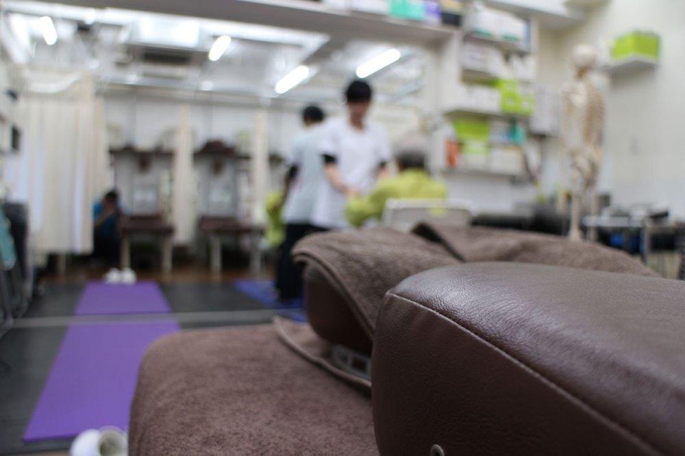 運動療法を行なって姿勢・動作を改善する大木接骨院の院内