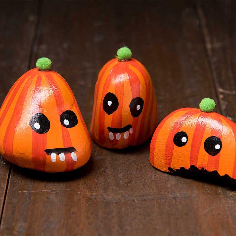 Halloween Painted Rock Pumpkins