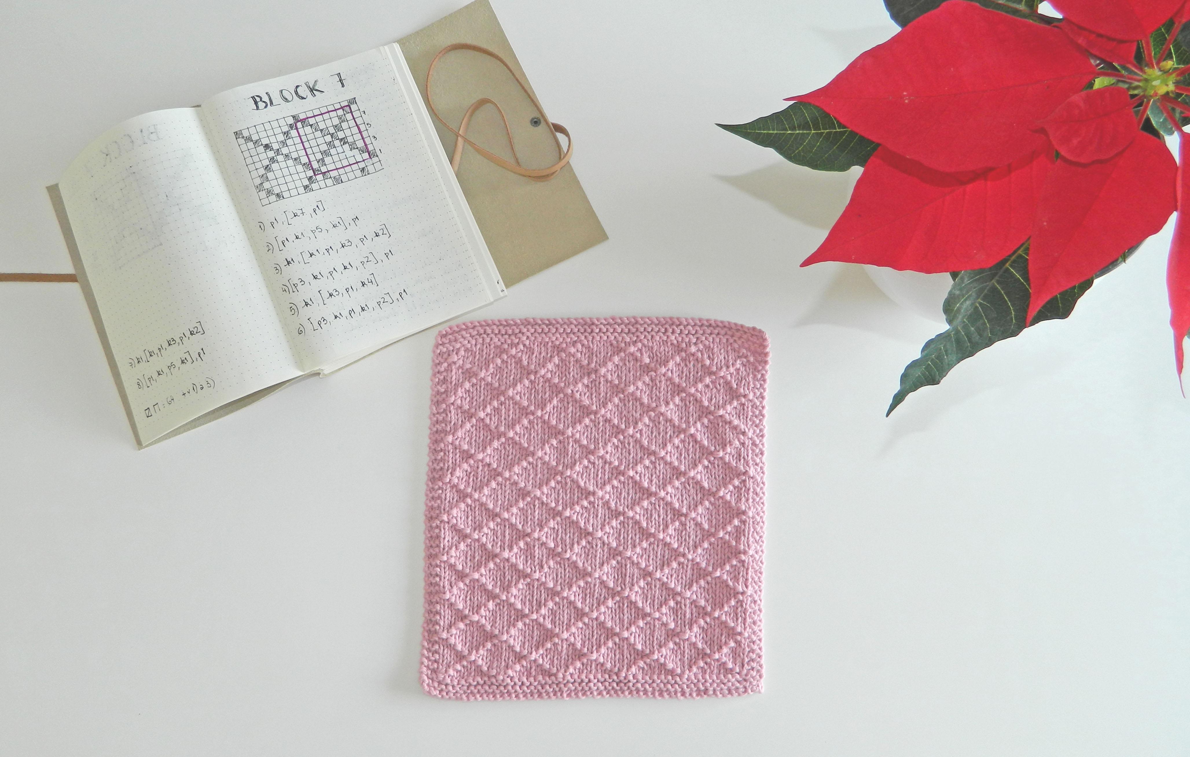 BLOCK 7 of 12 blocks of Xmas knitted blanket – OhLaLana!