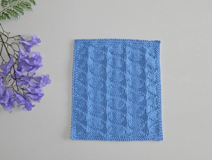 Polka dots knitting pattern BLOCK 9 12 blocks Xmas knitted blanket OhLaLana dishcloth free pattern