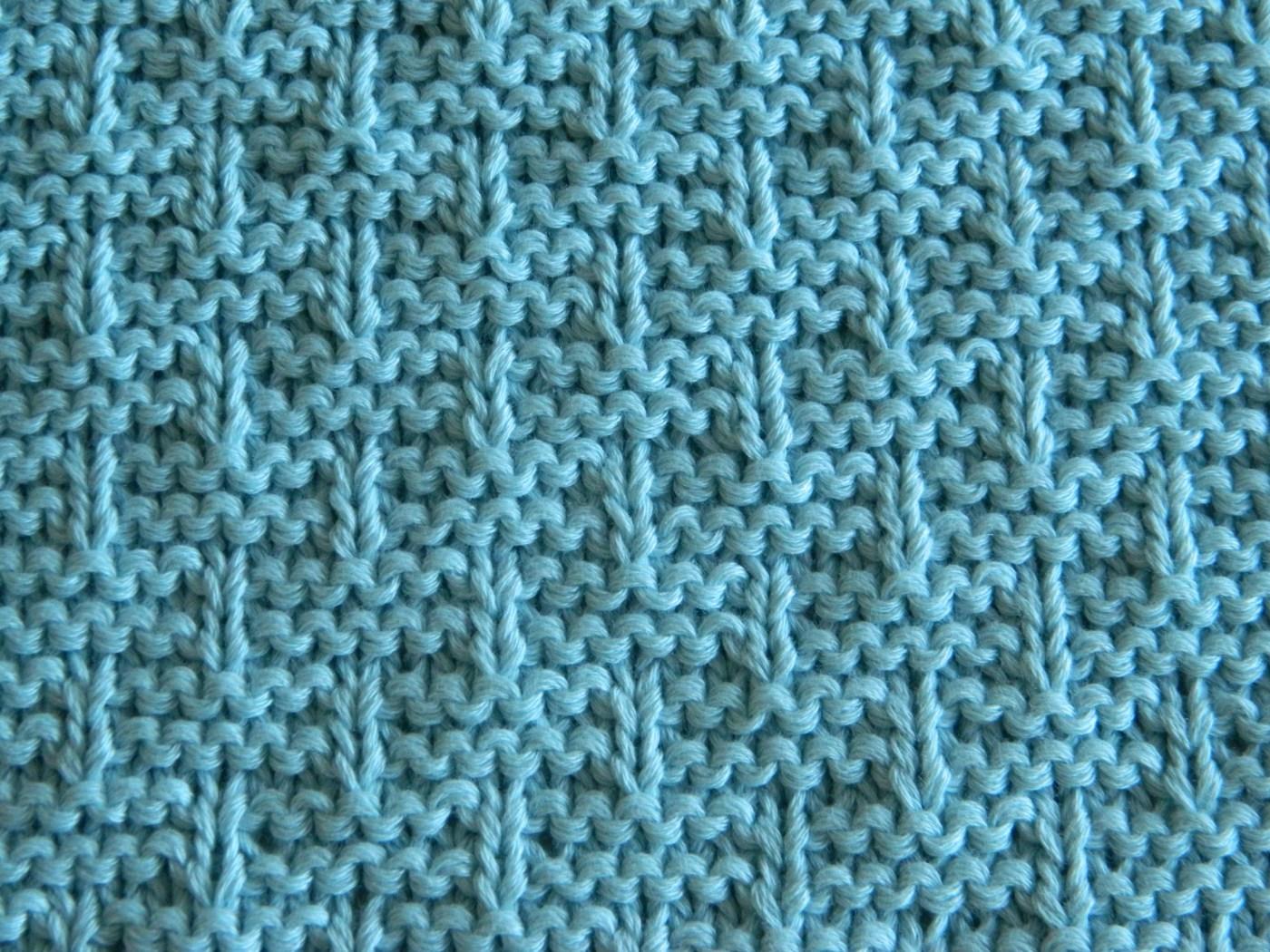 block 3 for 12 blocks of Xmas blanket Close up