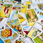 How to Read Tarot Intuitively