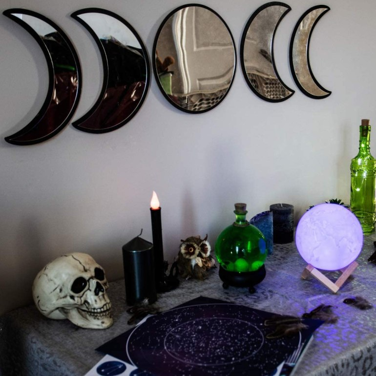 Moon phase mirror set with 5 mirrors