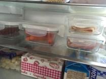 Skleněné dózy v lednici - otevřená balení uzenin a sýrů dávám do uzavíratelných krabiček