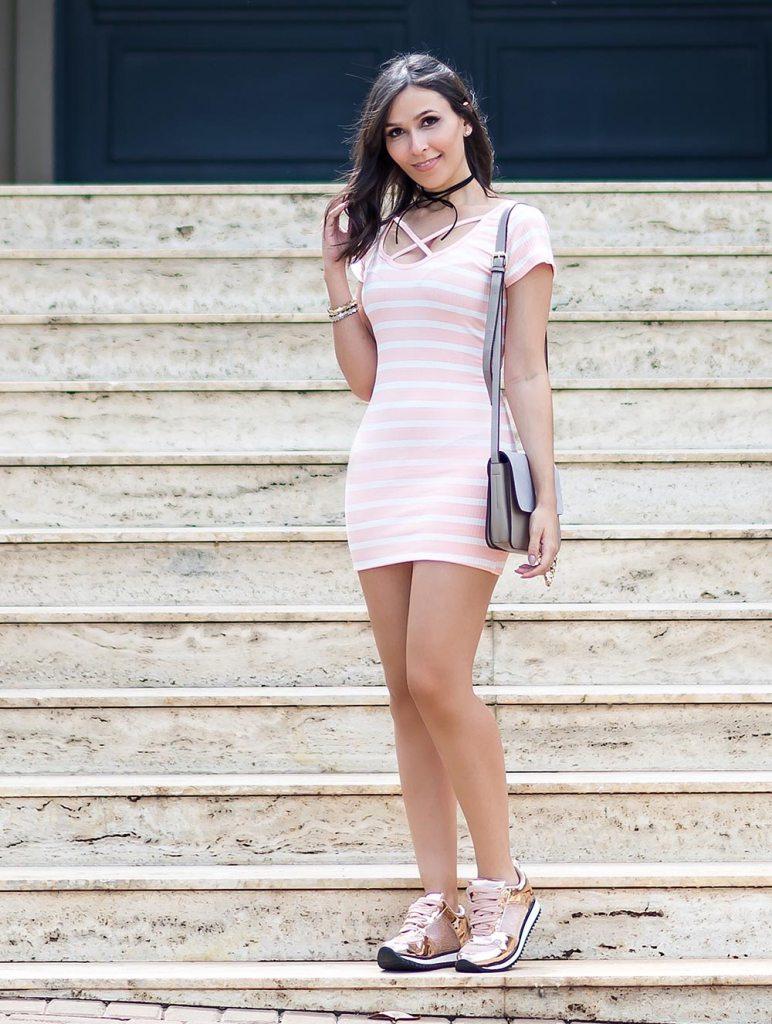 Look da blogger Mônica Araújo com vestido de ribana e tênis Vizzano, no Oh My Closet!